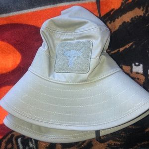 Under Armour Project Rock bucket hat